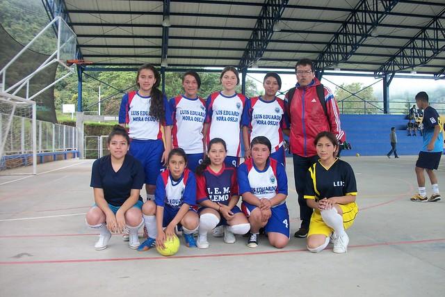 Enternamiento y encuentros deportivos femenino