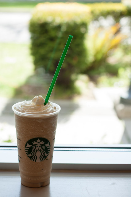 how to make a white chocolate mocha frappuccino