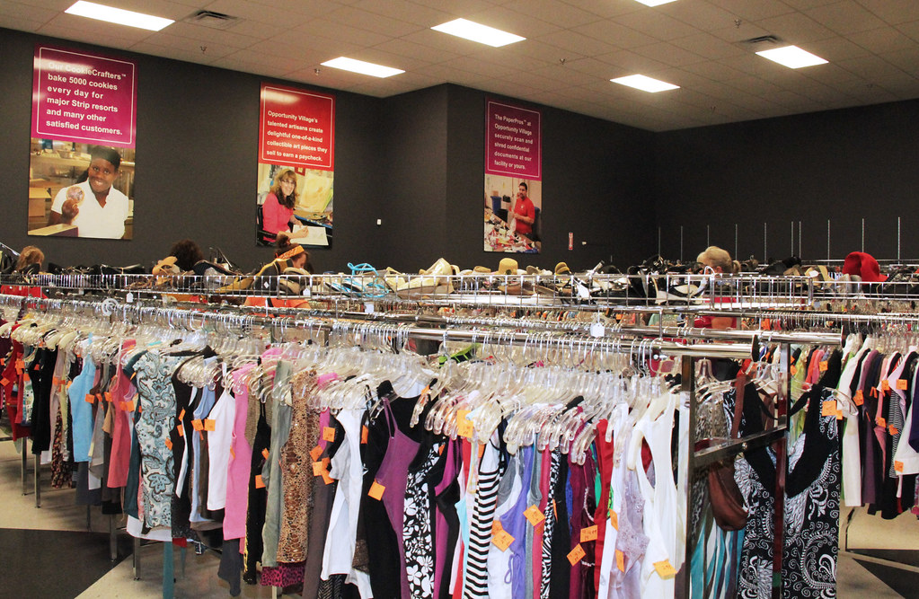 Gently used clothing stores