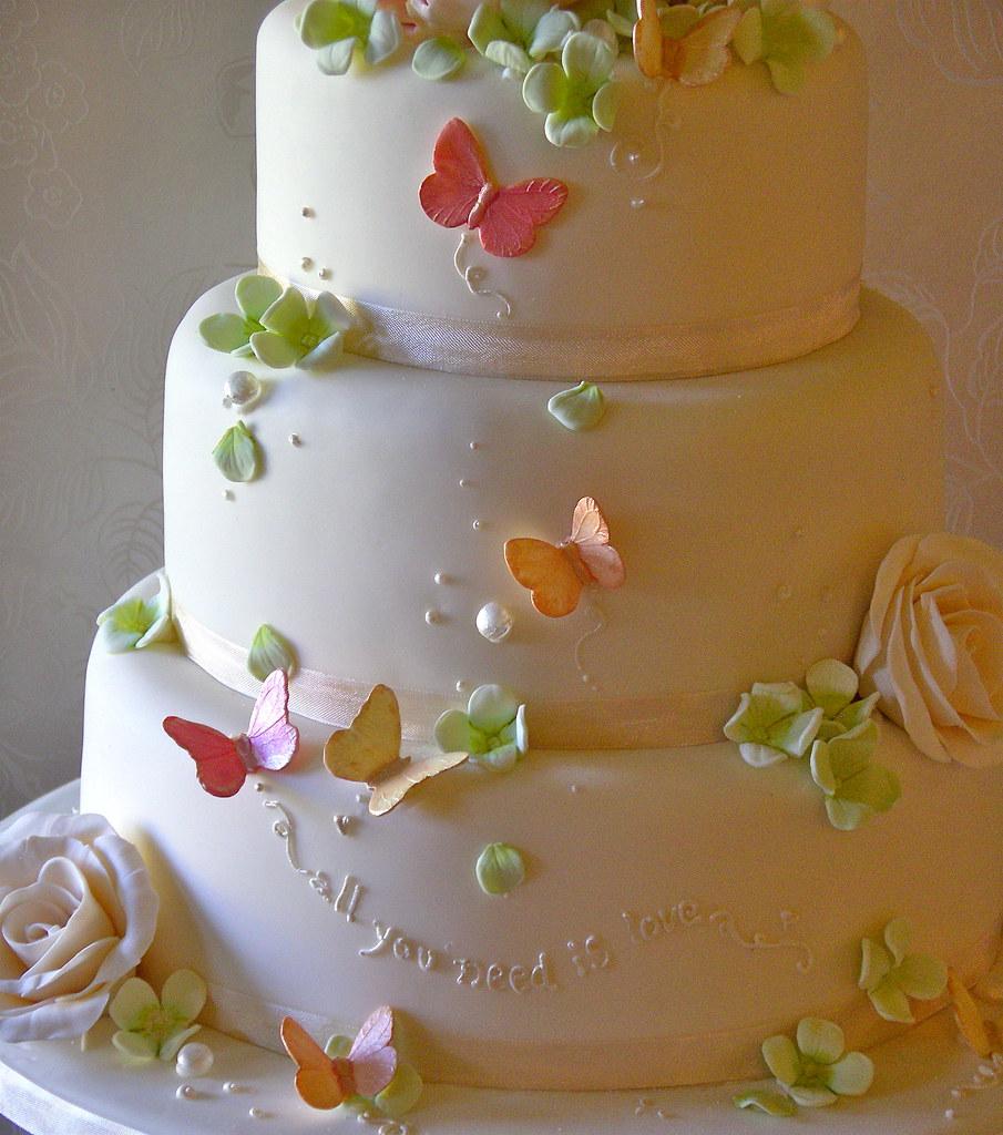 Peach, Pink and green wedding cake | Lynette Horner | Flickr