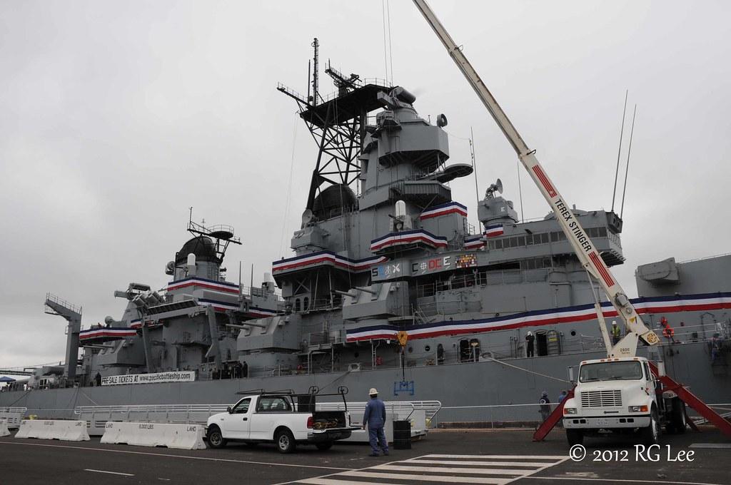 Battleship USS Iowa Stefan Draminski Grzegorz Nowak 2012