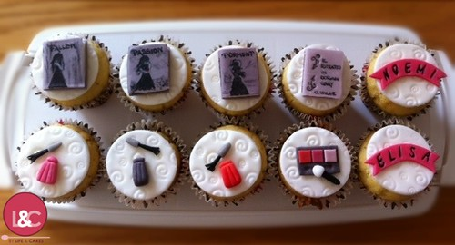 Books and Make up Cupcakes | by Life & Cakes