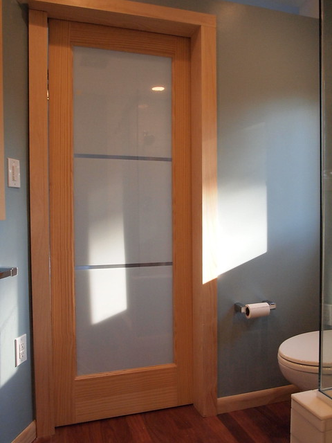 Cramped bathroom layout You need a Rocket Pocket Door Kit
