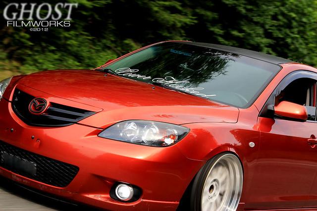 Stanced Mazda 3Stanced Mazda 3