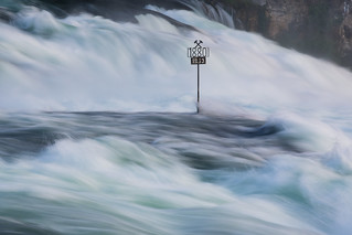 Standing tall - Rheinfall | by Tobias Knoch