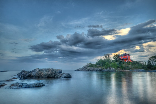 Marquette Lower Harbor Lighthouse in HDR | by Brett Perucco