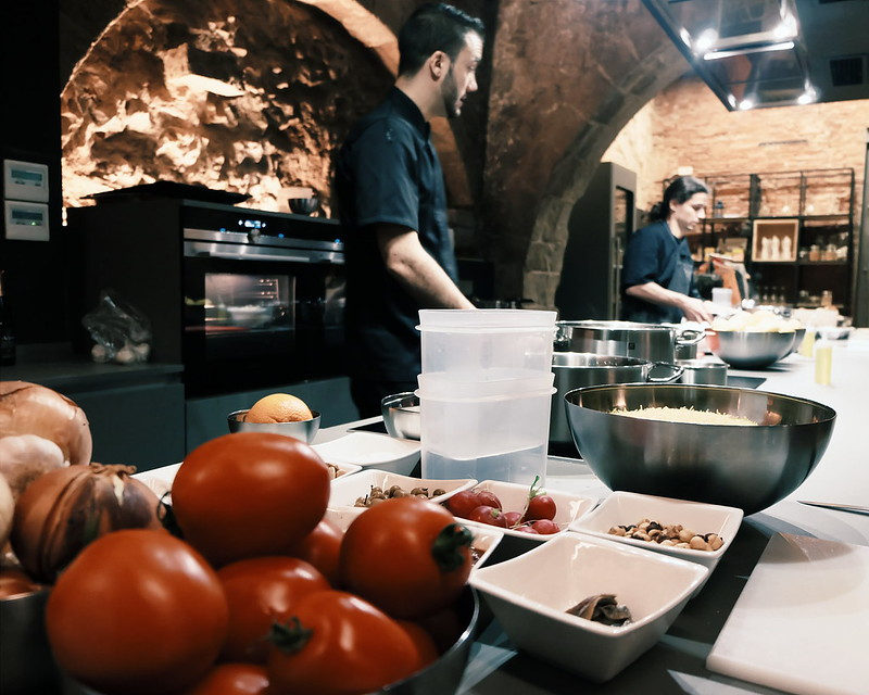 born to cook barcelona cooking workshop