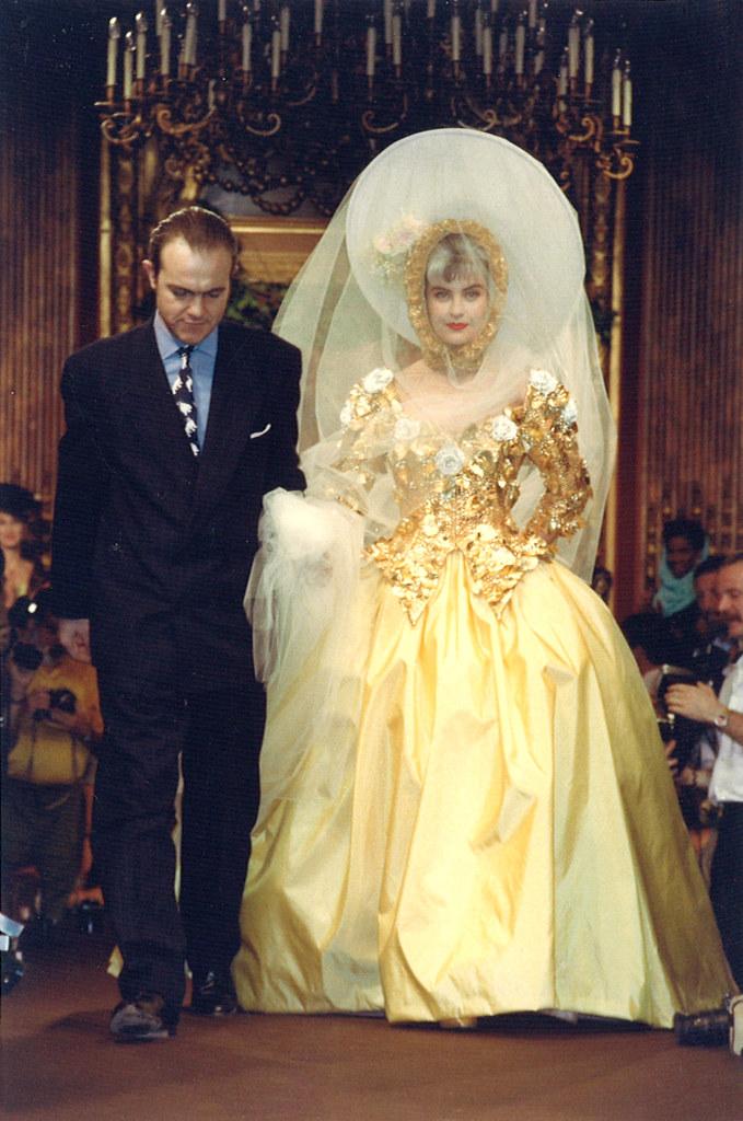 Christian Lacroix Haute Couture Fall-Winter 1988 ...