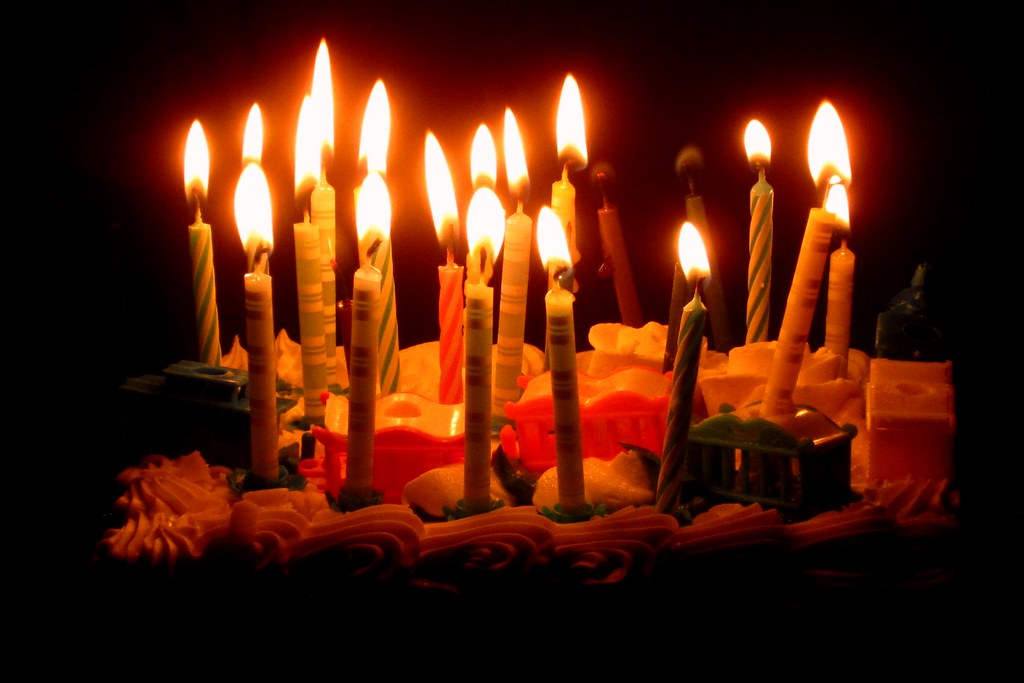 birthday cake candles cake birthday cake with a circus tra u2026 flickr on birthday cake candles pictures