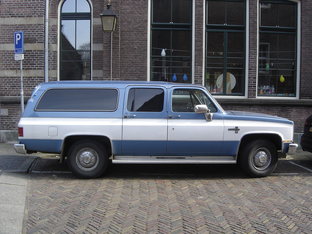 1982 Gmc Suburban Suburbans Have Been Quite Populair In