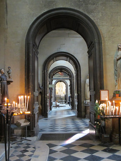 Side aisle arches - Église Saint-Paul-Saint-Louis | by Monceau