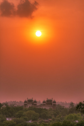 Agra Sunset | by bestarns [www.spiritofdecay.com]