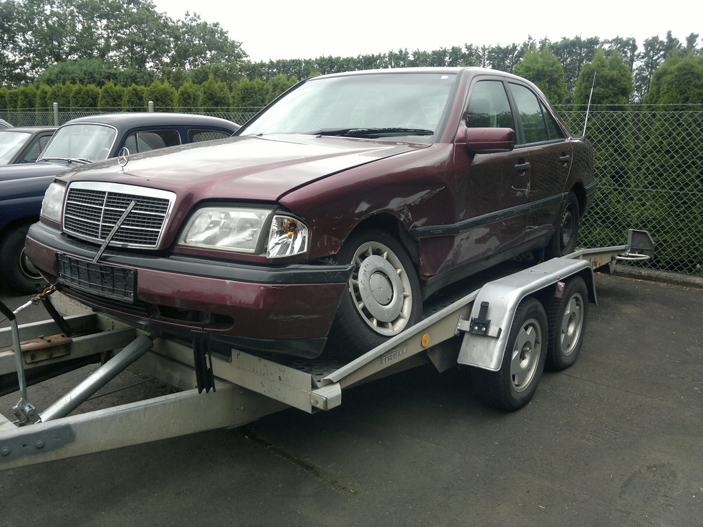 Mercedes Wreckers Brisbane