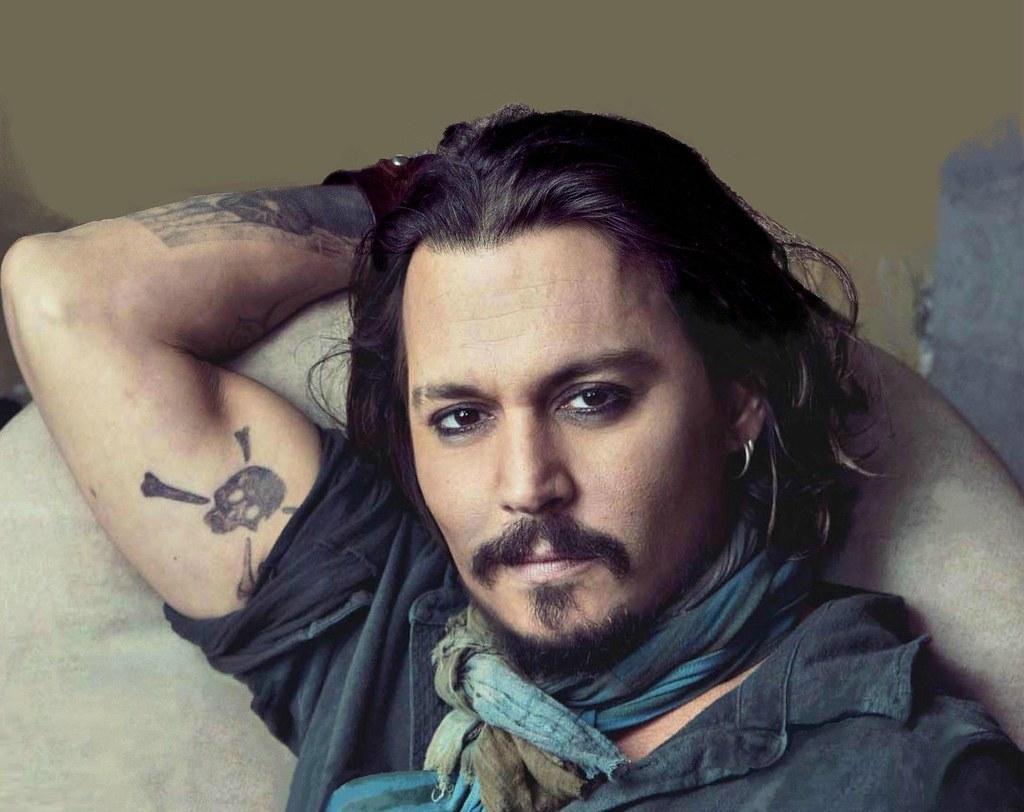 Tatuaje Calavera Johnny Depp tatuaje-calavera-johnny-depp | blogfashiontotal | flickr