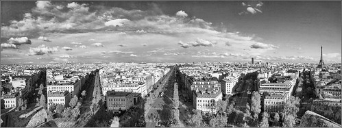 the shadow or the Arc de Triomphe ... | by Dichtung & Wahrheit (Poetry and Truth)