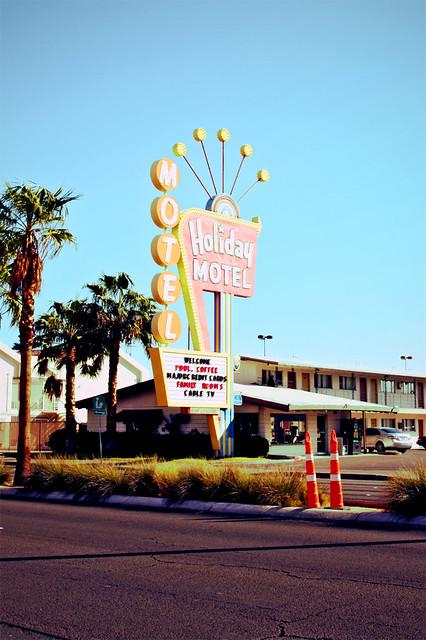 Vintage Motel 96