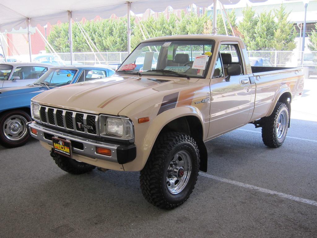 1982 Toyota Sr5 Pickup 2012 Mecum Spring Classic Flickr