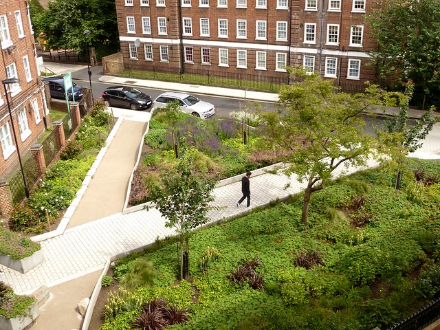 Percival triangle malta street open space london islin for Landscaping ideas for triangular area