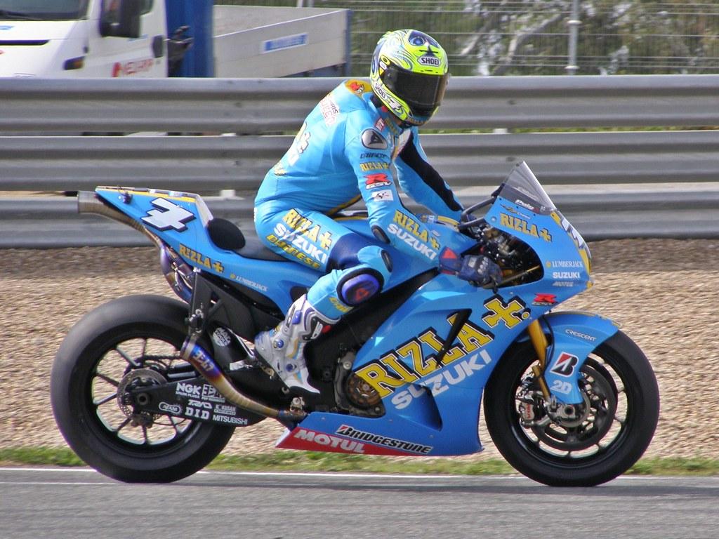 ... Chris Vermeulen   Rizla Suzuki MotoGP | By Dani Pigner