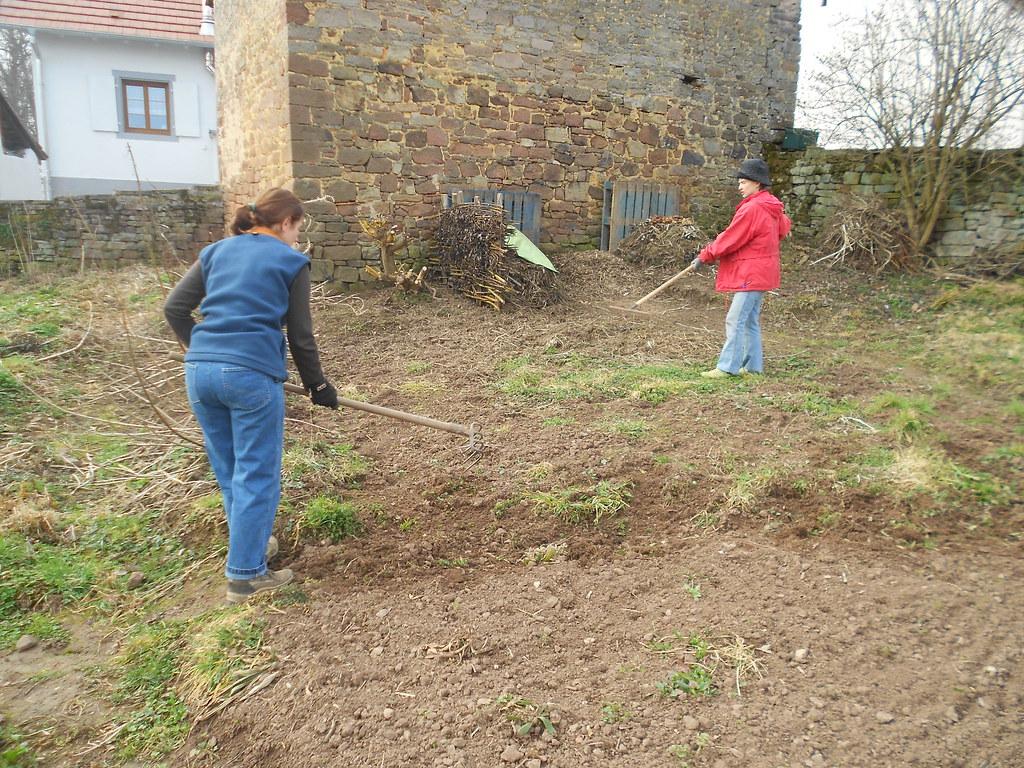 20120314 prairie2 les deux fid les jardini res l for Du jardin a l assiette mauves