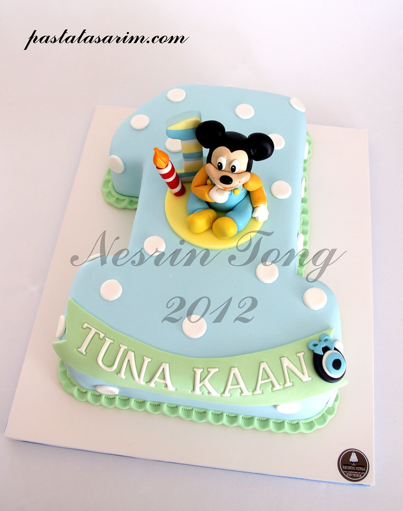 Baby Mickey Mouse 1st Birthday Cake Cake By Nesrn Tong Flickr
