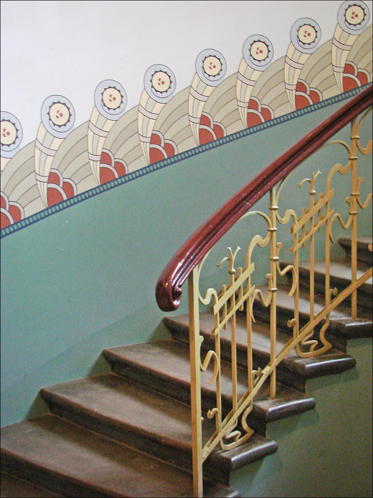 escalier d 39 un immeuble art nouveau riga escalier vis d flickr. Black Bedroom Furniture Sets. Home Design Ideas