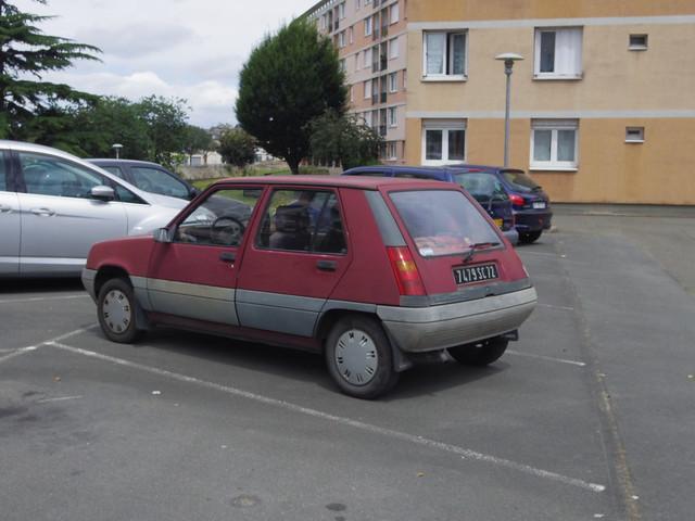 Renault super 5 gtl 1 4 de 1985 7479 sc 72 29 juillet for Garage renault rue gambetta le mans