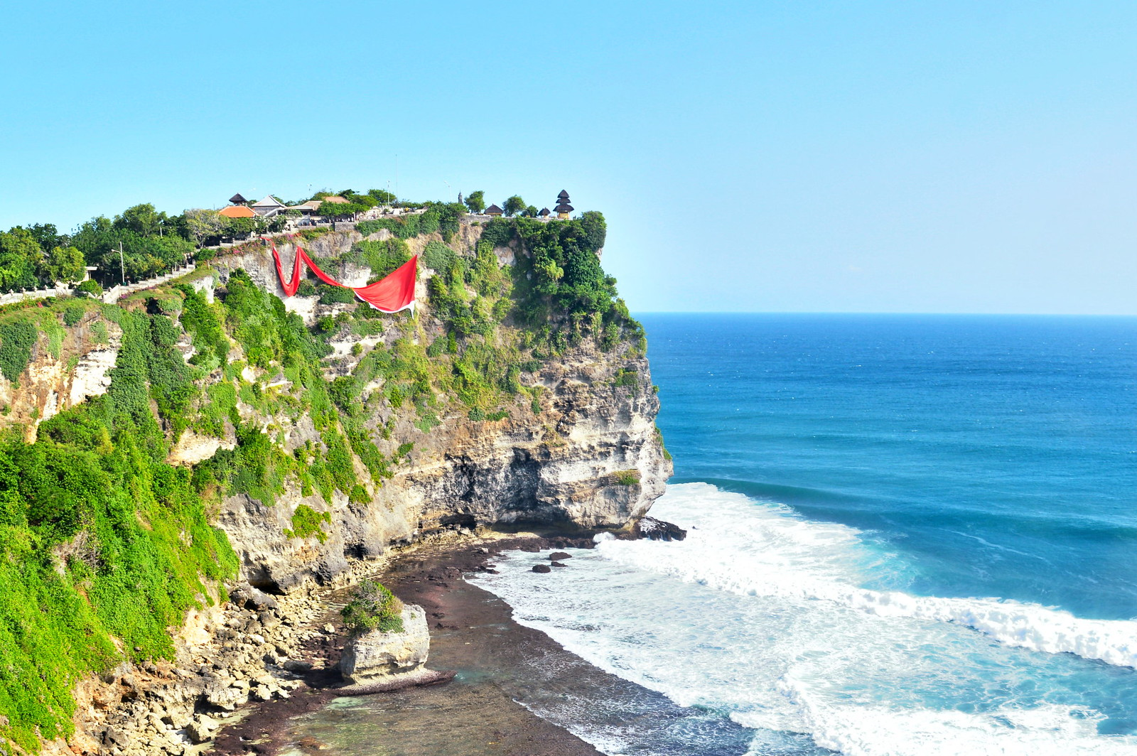 48 hours in Bali: Visit Uluwatu Temple