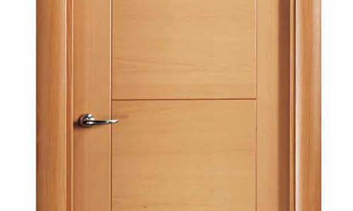 Puerta de madera puerta de madera de acabado elegante y for Puertas de madera interiores minimalistas