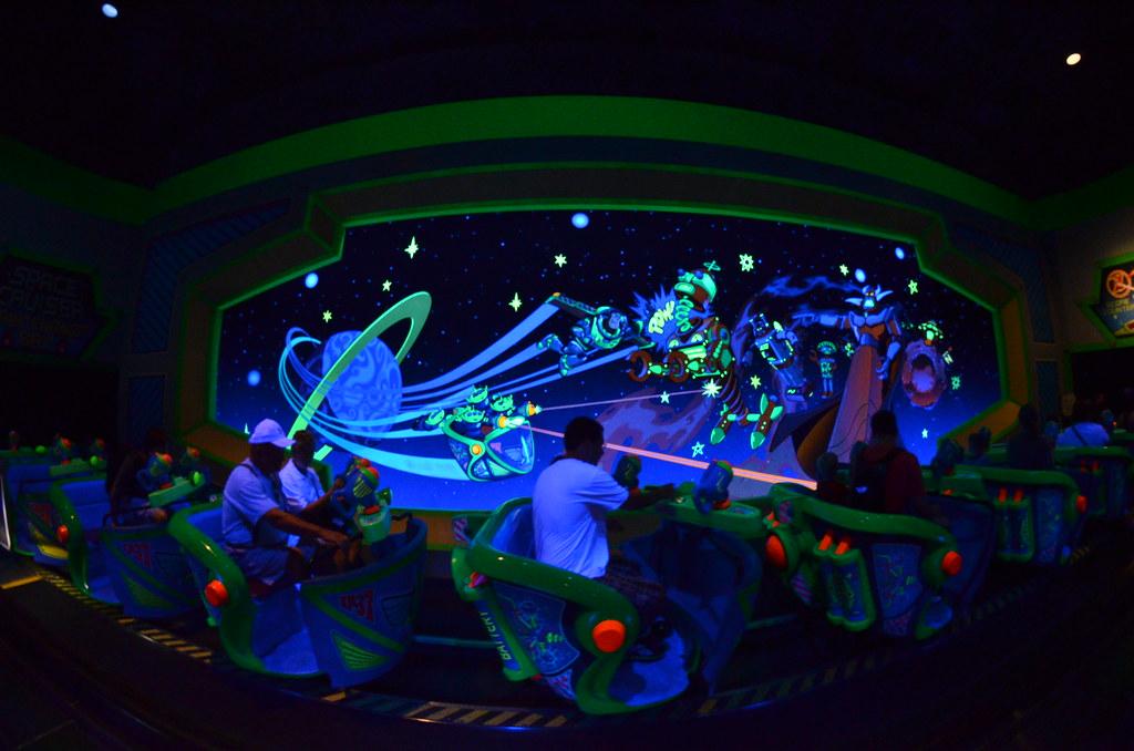 disney u0026 39 s magic kingdom buzz lightyear ride
