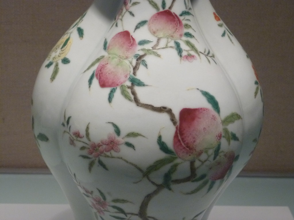 Detail famille rose vase with fruit design qianlong r flickr qianlong reign qing dynasty detail famille rose vase with fruit design qianlong reign qing dynasty reviewsmspy