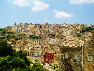 Ragusa Ibla | by juliette785