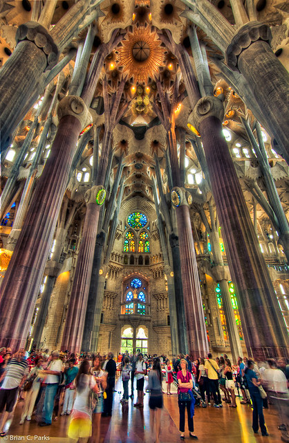 La sagrada familia interior in barcelona spain flickr for La sagrada familia barcelona spain