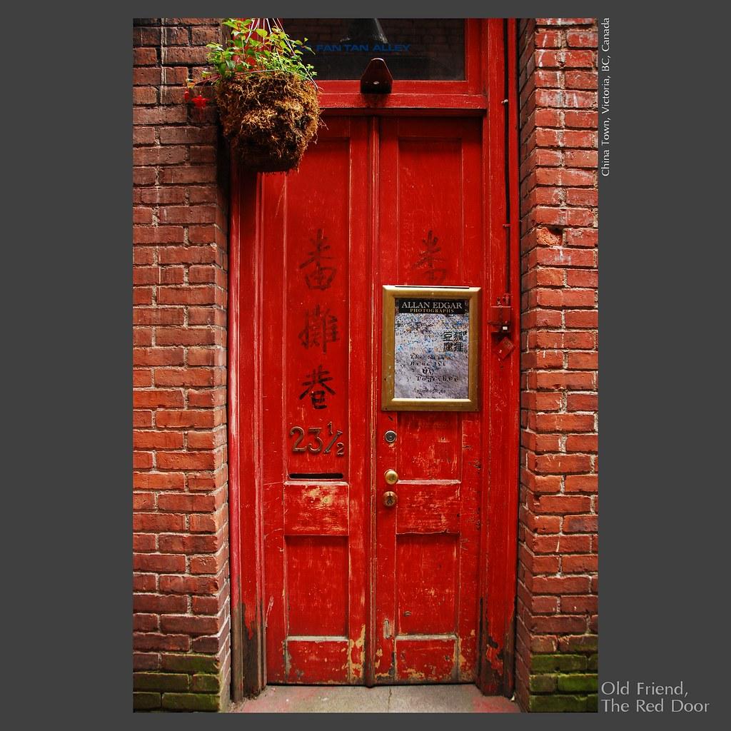 Traveler Old Friend The Red Door Flickr