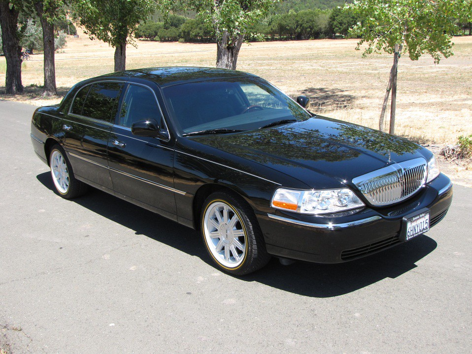 2007 Lincoln Towncar Signature L For Sale Rare Limousin Flickr