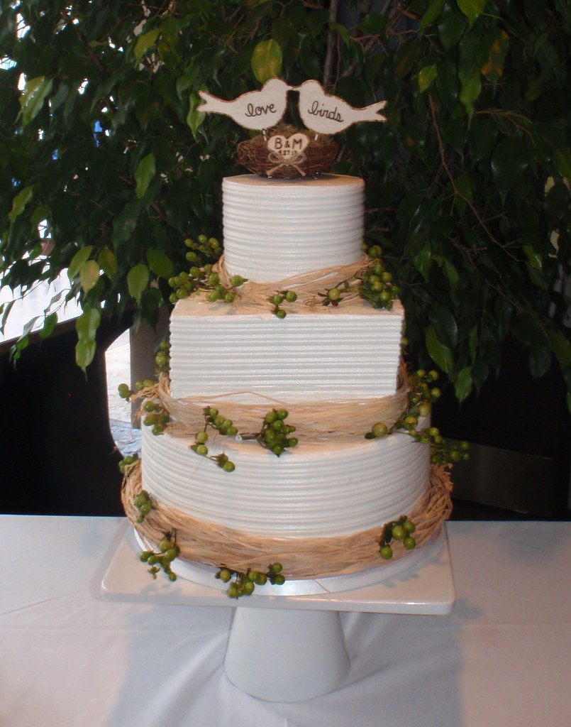 wedding cake with love birds bird wedding cake craparo flickr 26923