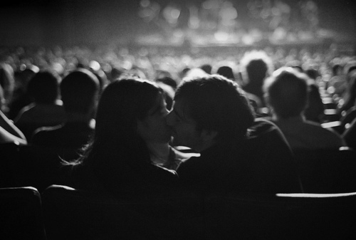 Black And White Photography Couples Kissing White-couple-kiss-movie