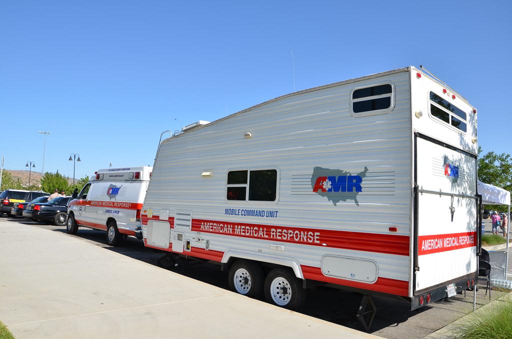 Mobile Trailer Unit : American medical response amr ambulance mobile command