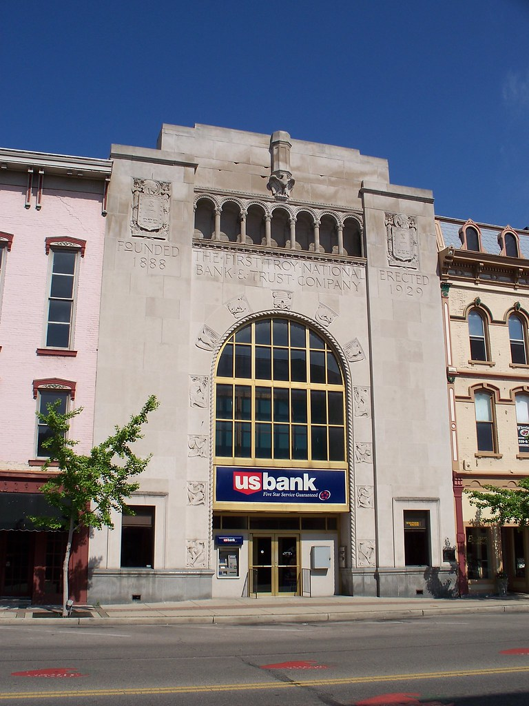 Oh Troy Us Bank Us Bank Building In Downtown Troy