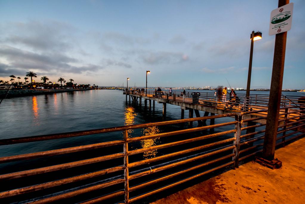 Shelter island fishing pier san diego calif for Pier fishing san diego