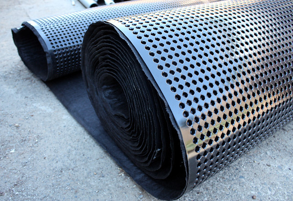 Miradrain 9000 Is A Drainage Mat Used By New York Planting