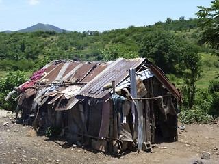 Haiti: makeshift homes | by Christian Aid Images