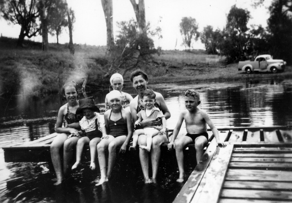 Family Dressed In Swimming Costumes At Callide Creek Swimm Flickr