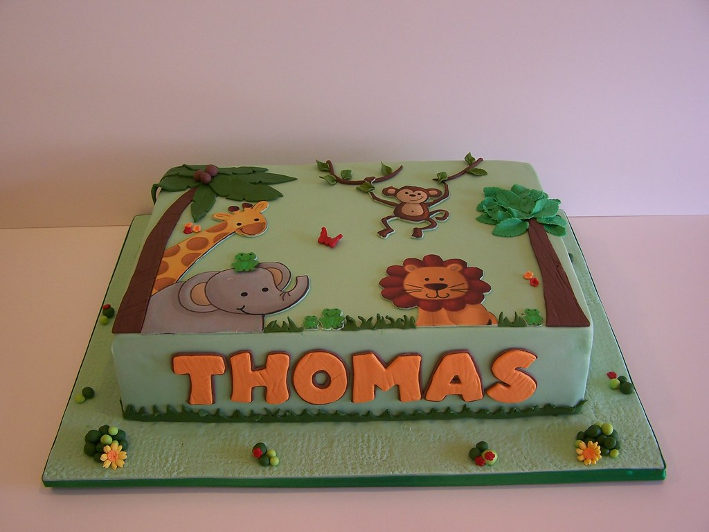 Jungle animals cake 9