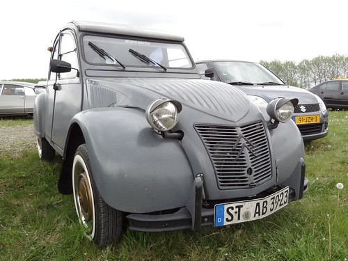 Citroën 2CV | by renault19872000
