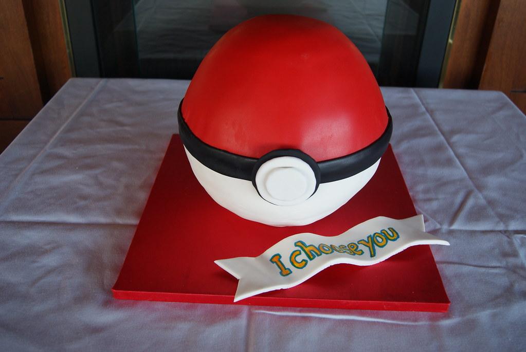 Pokemon Ball Groom S Cake Eileen Brown Flickr