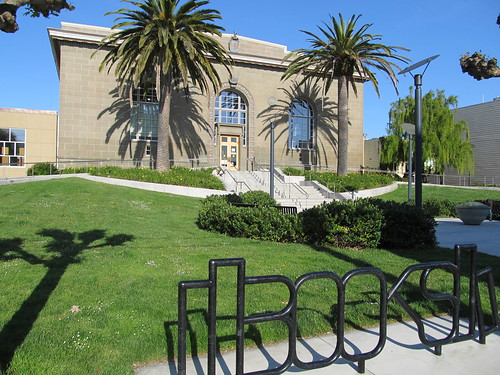 Richmond DistrictSenator Milton Marks Branch Library bike