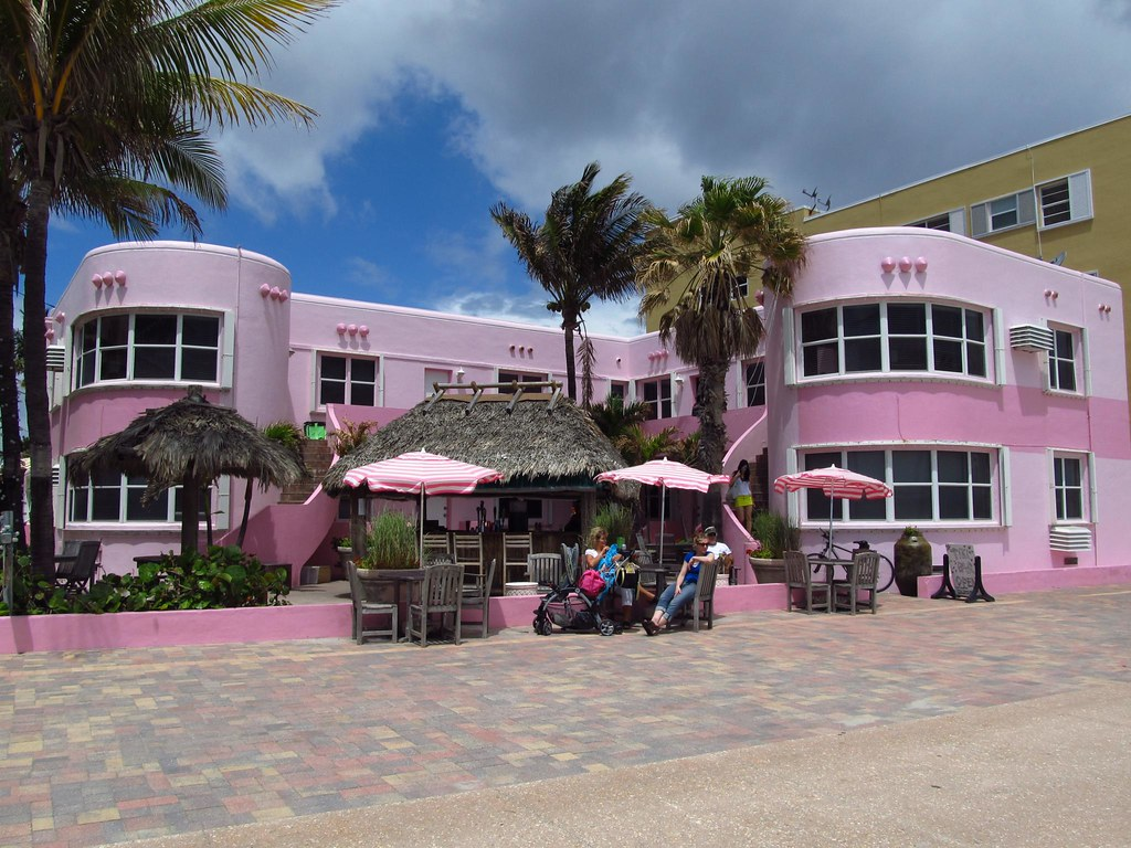 Restaurants On Palm Beach Lakes