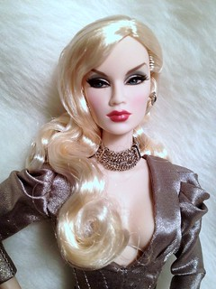 """Shake It Up"" IFDC Exclusive Korinne 