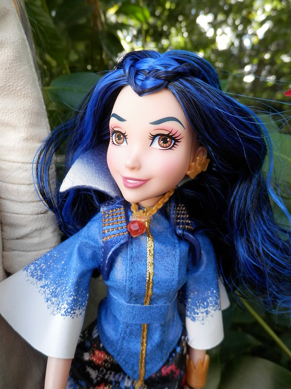 Disney Descendants Evie Isle of the Lost (3)